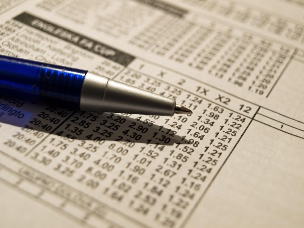 pariuri sportive bilete loterie si un pix