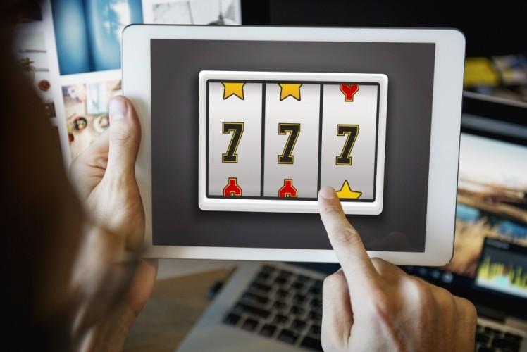 sloturi online pe tableta