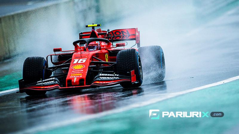 formula 1 red car