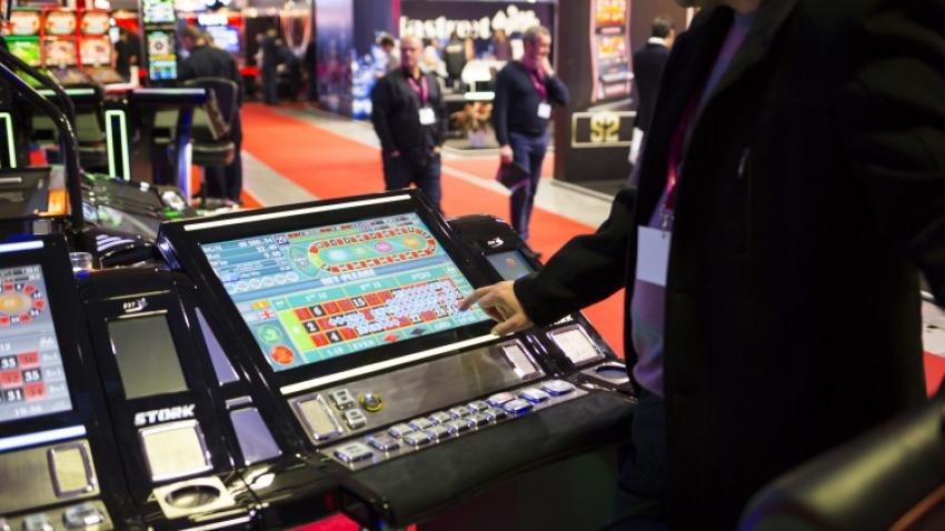 Jocuri ca la aparate cu speciale – Joaca jocuri de cazino ...